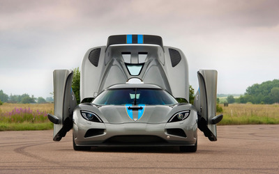 2013 Koenigsegg Agera wallpaper