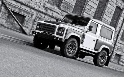 2013 Land Rover Defender wallpaper