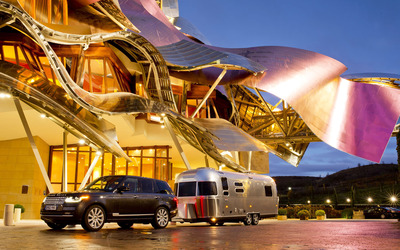 2013 Land Rover Range Rover and Airstream [2] wallpaper