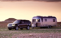 2013 Land Rover Range Rover and Airstream wallpaper 1920x1200 jpg