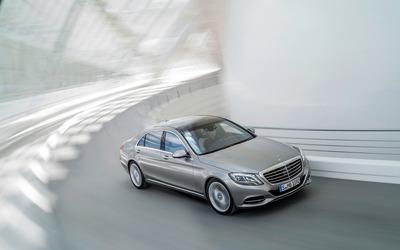 2013 Mercedes-Benz S400 [2] wallpaper
