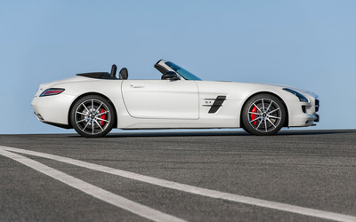 2013 Mercedes-Benz SLS AMG GT [3] wallpaper