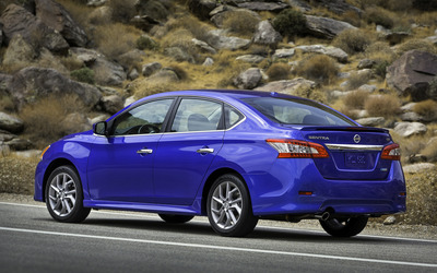 2013 Nissan Sentra wallpaper