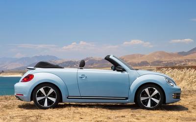 2013 Volkswagen Beetle Cabriolet Special Editions wallpaper
