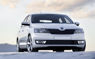 2013 White Skoda Rapid front view wallpaper