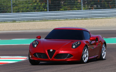 2014 Alfa Romeo 4C [11] wallpaper