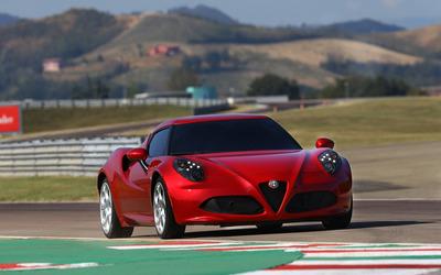 2014 Alfa Romeo 4C [15] wallpaper