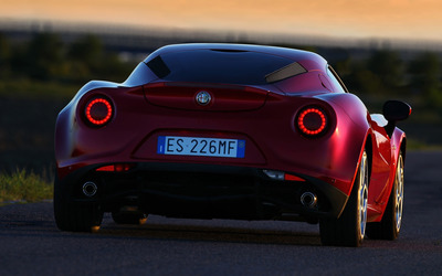2014 Alfa Romeo 4C [18] wallpaper