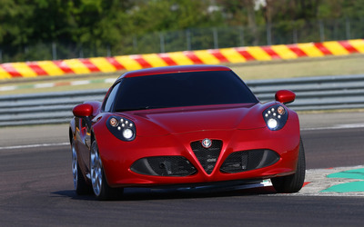 2014 Alfa Romeo 4C [29] wallpaper