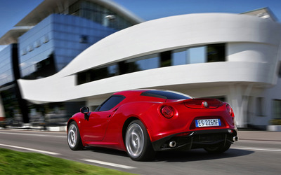 2014 Alfa Romeo 4C [27] wallpaper