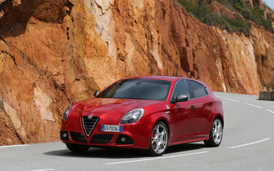 2014 Alfa Romeo Giulietta [6] wallpaper