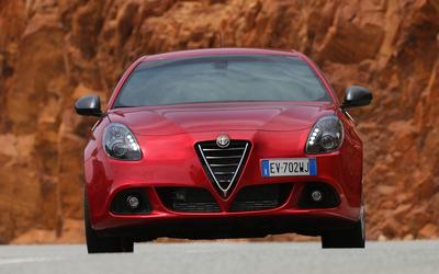 2014 Alfa Romeo Giulietta [33] wallpaper