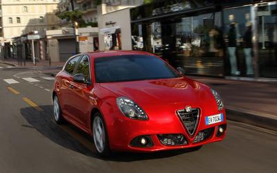 2014 Alfa Romeo Giulietta [38] wallpaper