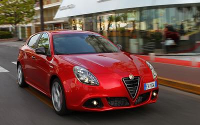 2014 Alfa Romeo Giulietta [39] wallpaper