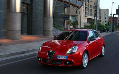 2014 Alfa Romeo Giulietta [26] wallpaper