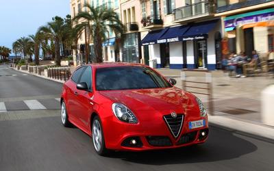 2014 Alfa Romeo Giulietta [7] wallpaper