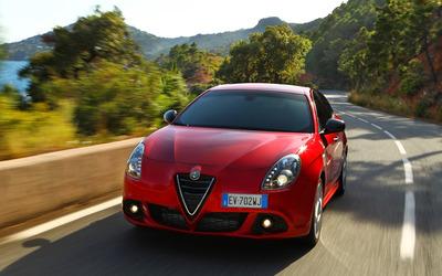 2014 Alfa Romeo Giulietta [36] wallpaper