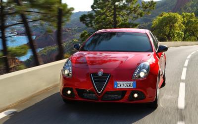 2014 Alfa Romeo Giulietta [19] wallpaper