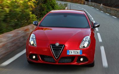 2014 Alfa Romeo Giulietta [40] wallpaper