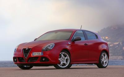 2014 Alfa Romeo Giulietta [18] wallpaper