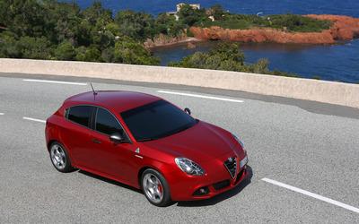 2014 Alfa Romeo Giulietta [37] wallpaper
