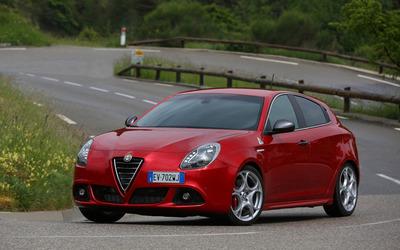 2014 Alfa Romeo Giulietta [15] wallpaper