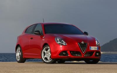 2014 Alfa Romeo Giulietta [12] wallpaper