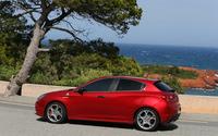2014 Alfa Romeo Giulietta [10] wallpaper 2560x1600 jpg