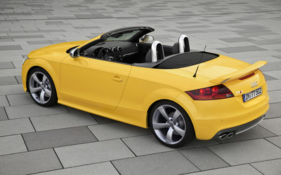 2014 Audi TTS Roadster wallpaper