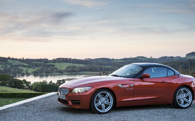 2014 BMW Z4 side view wallpaper