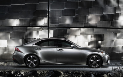 2014 Lexus IS wallpaper