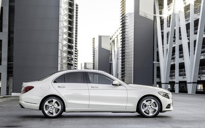 2014 Mercedes-Benz C-Class - C250 AMG Avantgarde wallpaper