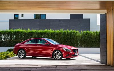2014 Mercedes-Benz CLA-Class wallpaper