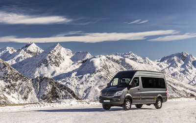 2014 Mercedes-Benz Sprinter wallpaper