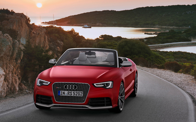 2014 Red Audi RS5 Cabriolet wallpaper