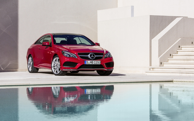 2014 Red Mercedes-Benz E-Class Coupe on the pool side wallpaper