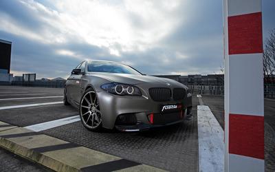 2014 Silver Fostla BMW 550i wallpaper