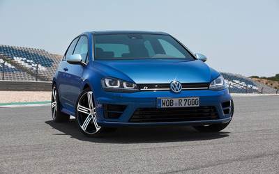 2014 Volkswagen Golf R [2] wallpaper