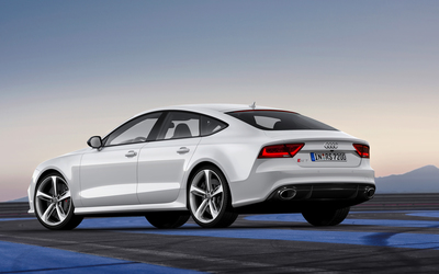 2014 White Audi RS7 Sportback wallpaper