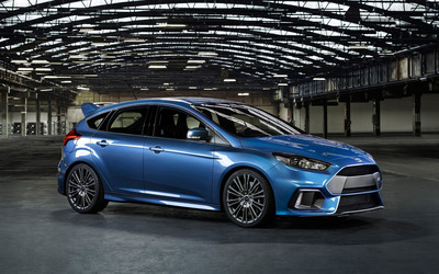 2015 Blue Ford Focus RS in a warehouse wallpaper