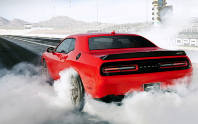 2015 Dodge Challenger SRT Hellcat [2] wallpaper