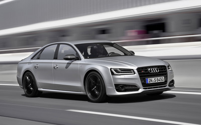 2016 Audi S8 front side view [2] wallpaper