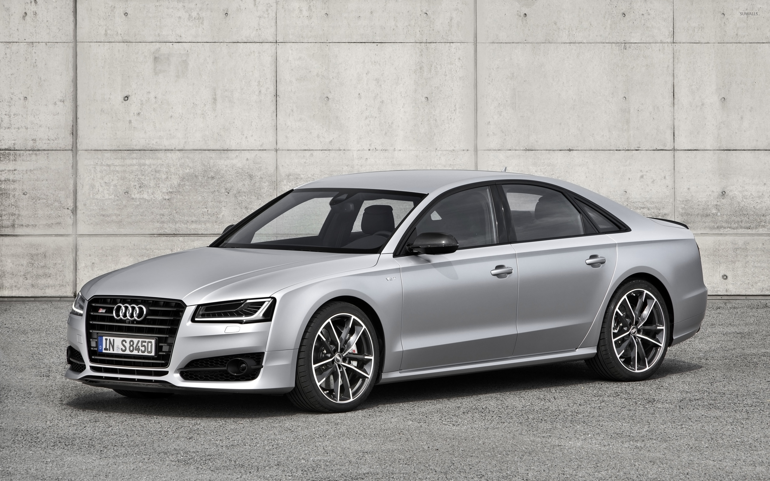 2016 Audi S8 Front Side View Wallpaper