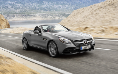 2016 Mercedes-Benz SLC 300 on the road wallpaper