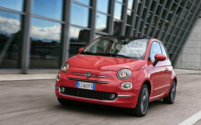 2016 Red Fiat 500 wallpaper