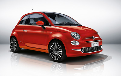 2016 Red Fiat 500 front side view wallpaper