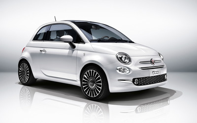 2016 White Fiat 500 front side view wallpaper