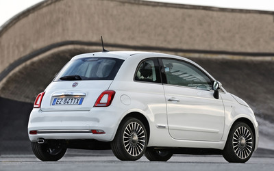 2016 White Fiat 500 parked back side view wallpaper