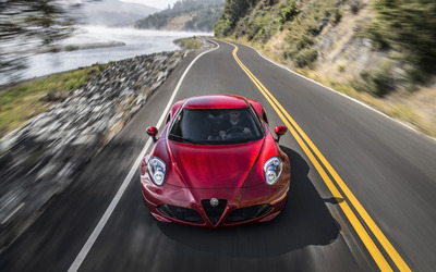 Alfa Romeo 4C [80] wallpaper