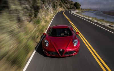 Alfa Romeo 4C [73] wallpaper